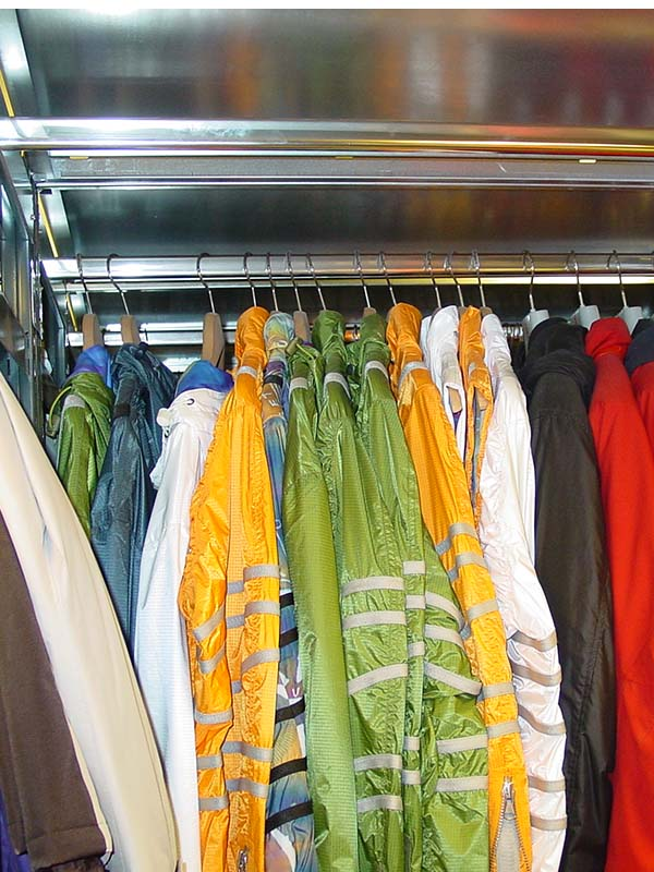 Compacte kleding opslag